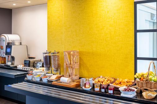 Hotel Des Lys - Versailles - Buffet