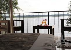 Lake Wind Hotel - Tissamaharama - Parveke