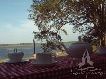 Lake Wind Hotel - Tissamaharama - Näkymät ulkona