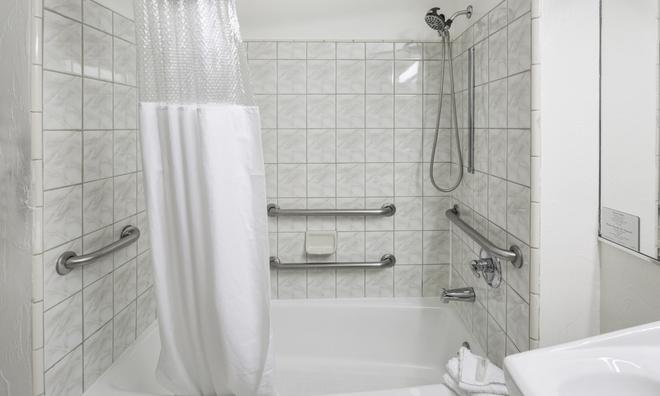 Adante Hotel - San Francisco - Phòng tắm