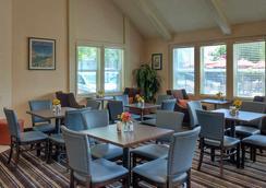 帕洛阿爾托山景萬豪居家酒店 - 蒙坦維尤 - 山景城 - 餐廳