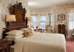 Pentagoet Inn - Castine - Bedroom