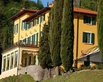 Villa Sostaga Boutique Hotel - Gargnano - Gebouw