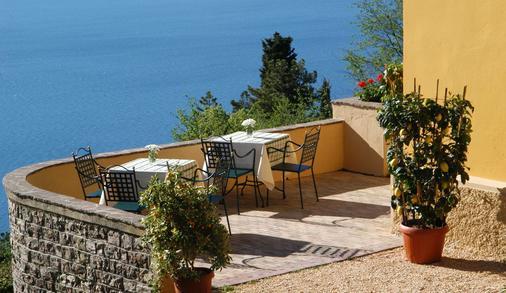 Villa Sostaga Boutique Hotel - Gargnano - Balcony