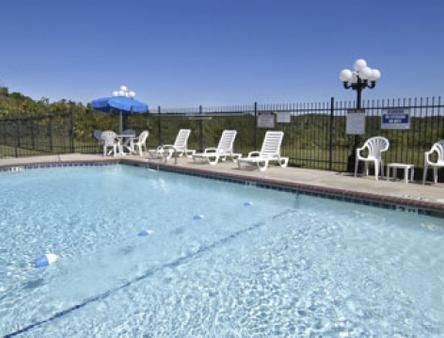 Express Inn - Eureka Springs - Pool