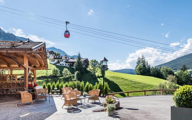 Alpenhotel Rainell - Ortisei - Outdoor view
