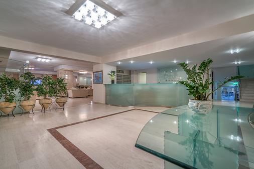 桑特公園最佳西方酒店 - 扎金索斯 - 拉加納斯 - 大廳