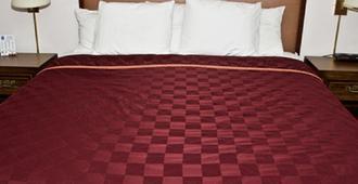 King Oscar Motel - Centralia - Bedroom