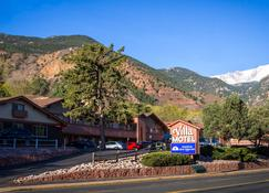 Villa Motel At Manitou Springs - Manitou Springs - Rakennus