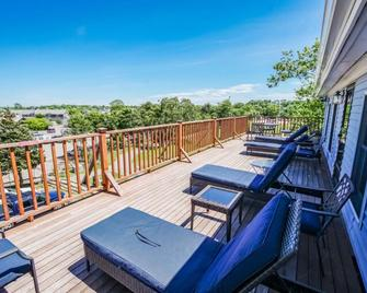 Harbor Landing Resort - Vineyard Haven - Balkón