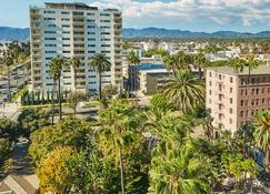Fairmont Miramar - Hotel & Bungalows - Santa Monica - Toà nhà