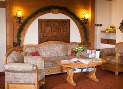 Seehotel Wassermann - Seeon-Seebruck - Lobby