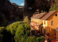 Hotel El Refugio - Chivay - Building
