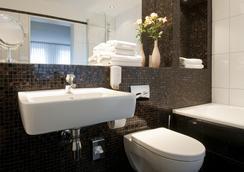 Hotel Stella Maris - Hampuri - Kylpyhuone