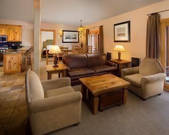Mountain Lodge Telluride - Telluride - Living room