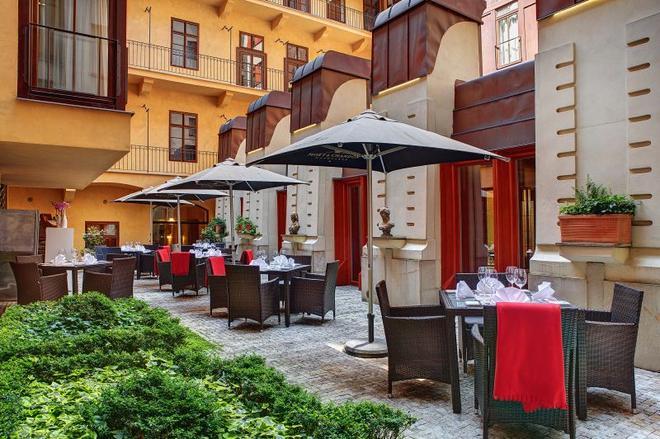 Majestic Plaza Hotel Prague - Prague - Restaurant