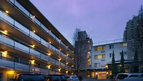 Park Lane Suites & Inn - Portland - Building