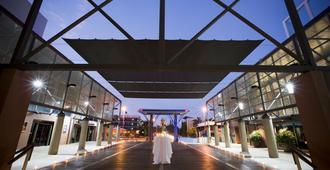 DoubleTree by Hilton Esplanade Darwin - Darwin - Rakennus