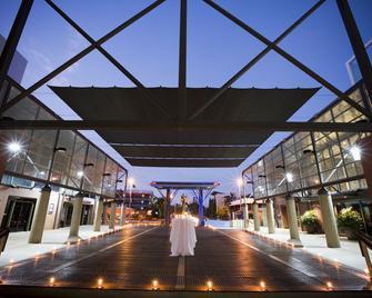 DoubleTree by Hilton Esplanade Darwin - Darwin - Edificio