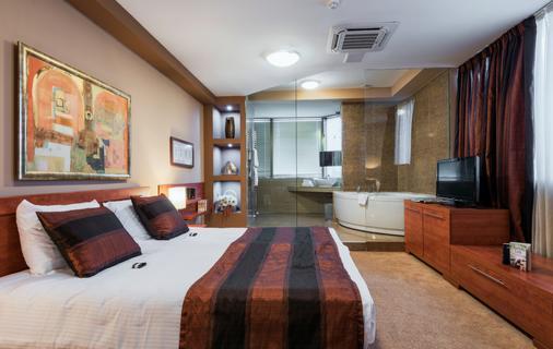 Hotel Arka - Σκόπια - Κρεβατοκάμαρα