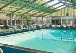 Town Crier Motel - Eastham - Pool