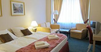 Hotel Mira - פראג - חדר שינה
