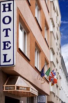Hotel Mira - Praha - Rakennus