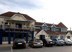 Island View Hotel - Malahide - Building