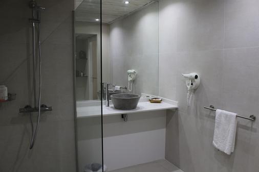 Hotel Fleur d'Epée - Le Gosier - Bathroom