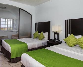 Ports of Call Resort - Grace Bay - Bedroom