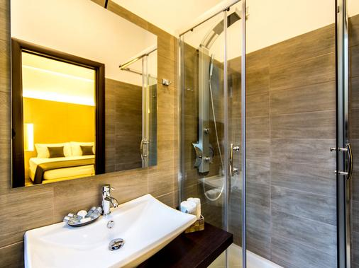 Domus Terenzio - Rome - Bathroom