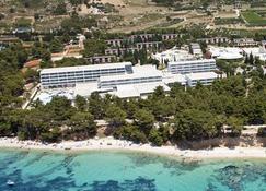 Bluesun Hotel Elaphusa - Bol - Edificio