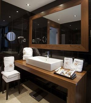 Catalonia Ramblas - Barcelona - Bathroom