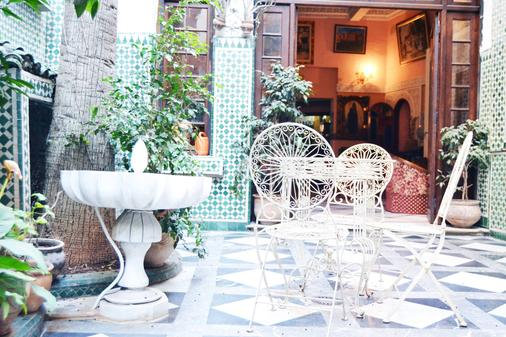 Hotel Transatlantique - Casablanca - Hàng hiên