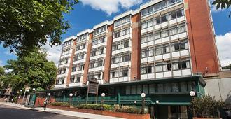 Hampstead Britannia Hotel - London - Building