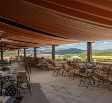 La Bagnaia Golf & Spa Resort Siena, Curio