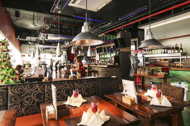Red Planet Makati, Manila - Makati - Bar