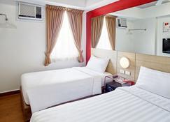 Red Planet Quezon Timog - Quezon City - Bedroom