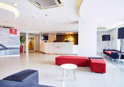 Red Planet Cebu - Cebu City - Σαλόνι ξενοδοχείου
