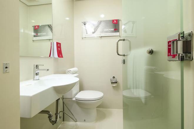 Red Planet Angeles City - Angeles City - Bathroom