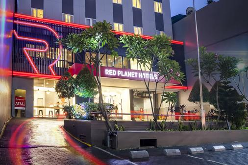 Red Planet Jakarta Pasar Baru - Jakarta - Rakennus