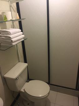 Hotel Gracia - Guadalupe (Zacatecas) - Phòng tắm
