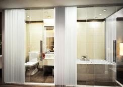 Bonne Nuit Hotel - Ανόι - Μπάνιο