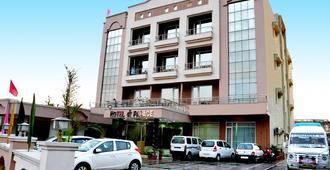 Hotel Shree Palace - Katra - Building