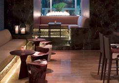 New World Shanghai Hotel - Σανγκάη - Bar