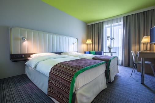 Park Inn by Radisson Frankfurt Airport - Frankfurt/ Main - Phòng ngủ