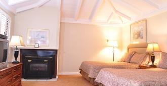 Carmel Resort Inn - כרמל ביי דה סי - חדר שינה