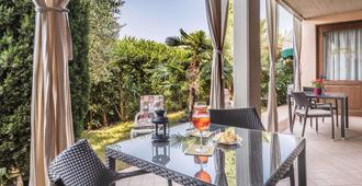 Residence Nuove Terme - Sirmione - Essbereich