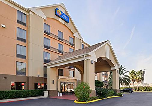 Comfort Inn Southwest Fwy at Westpark - Houston - Rakennus