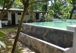 Nature Villa Unawatuna - Adults Only - Unawatuna - Pool
